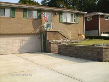 $124,900 nice brick ranch reduced (709 beech st west mifflin pa 15122) $124900 3bd