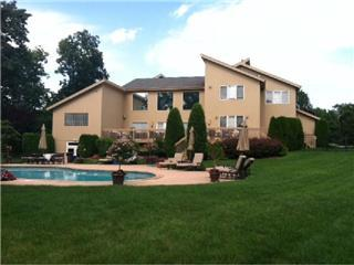 12 THAMES DR LIVINGSTON, NJ 07039 3416