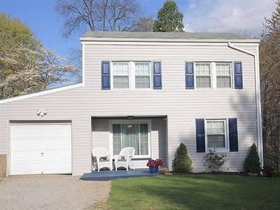 $133,000 Residence/Single Family, Colonial - Hampton, PA