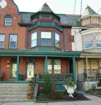 $189,900 Row Home/Townhouse - LANCASTER, PA