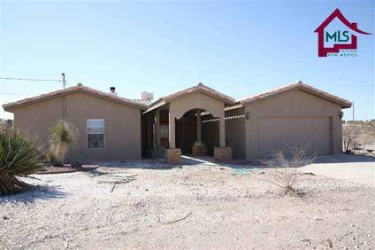 $199,900 Las Cruces Real Estate Home for Sale. $199,900 4bd/2ba. - LAUREL COYLE of