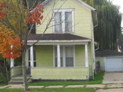 $19,900 Adrian, 3 BEDROOM 1 BATH HOME WITH UPDATED CENTRAL AIR