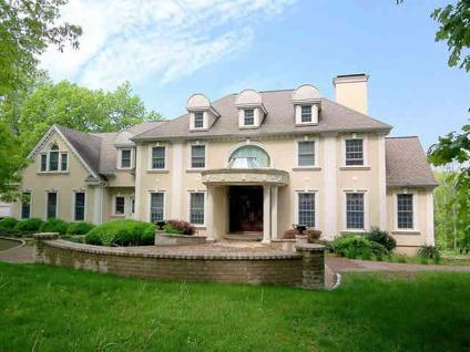$1,480,000 Bedford 5BR 3.5BA, Gorgeous stucco colonial built with