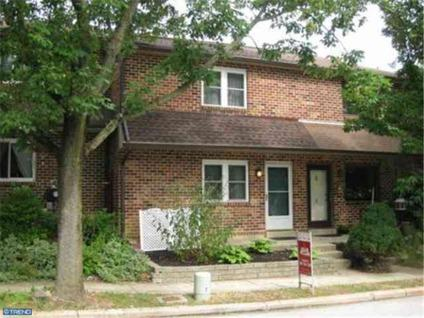 $209,900 Price just reduced, home priced well below market value!!!