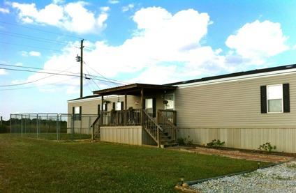 $22,999 2007 16 x 80 Fleetwood Western Mobile Home for Sale
