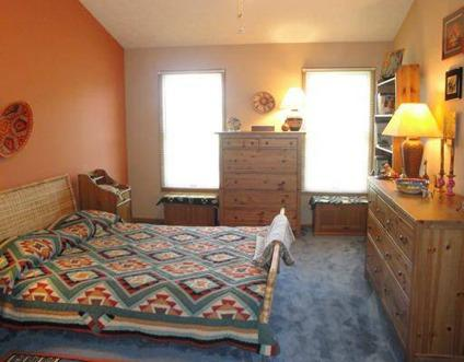 $245,000 South Fayette 3BR 2.5BA, Single Family in