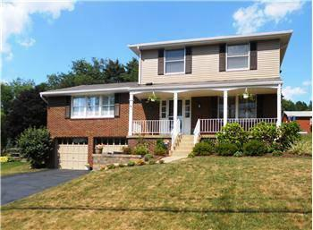 $249,900 Pristine and Move-in Ready McCandless Township Home!