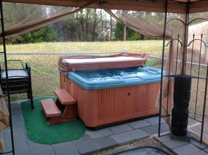 $25,500 2001 16 x 80 Mobile home with lots of extas! (outdoor hot tub, fire pit, garden!