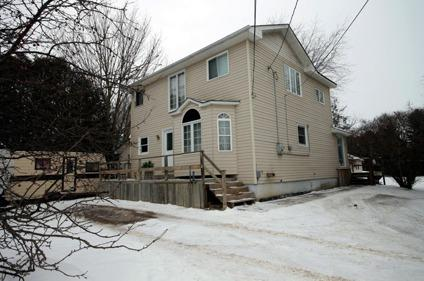 $269,900 Detached 2 storey 3bed 2 bath in Innisfil Ontario