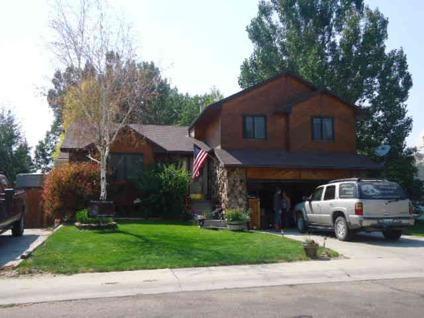 $278,900 Rock Springs, 4 bedroom, 2 3/4 bath all finished quadlevel.