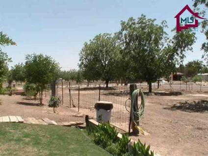 $305,000 Las Cruces 3BR 2BA, This beautiful Brick home is alot of