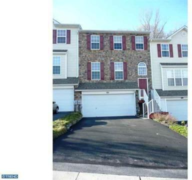 $329,500 Row/Townhouse, Colonial - MALVERN, PA