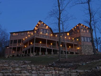 $3,300,000 Christmas in Blue Ridge Georgia Mountain Home