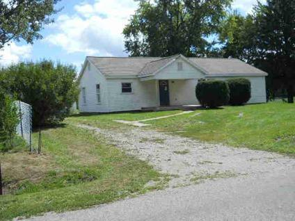 $57,500 Adrian, RANCH HOME WITH 4 BEDROOMS AND 2 FULL BATHS IN