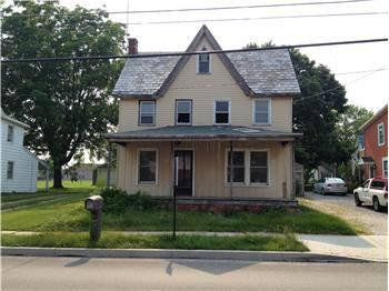 buyfromachristian fixer upper house sale great price el real estate. Black Bedroom Furniture Sets. Home Design Ideas