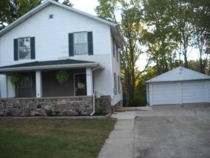 $77,500 Adrian, 4 BEDROOM 1.5 BATH HOME WITH OVER 1800SQFT OF SPACE.