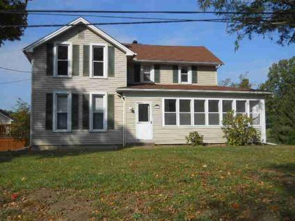 $84,900 Adrian, LOTS OF ROOM IN THIS 4 BEDROOM 1.5 BATH IN MADISON