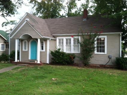 Subleasing 3 BR House for Spring Semester 2014